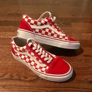 Low top checkered vans